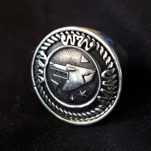 Alexander McQueen Wolf Ring US 9 / EU 19